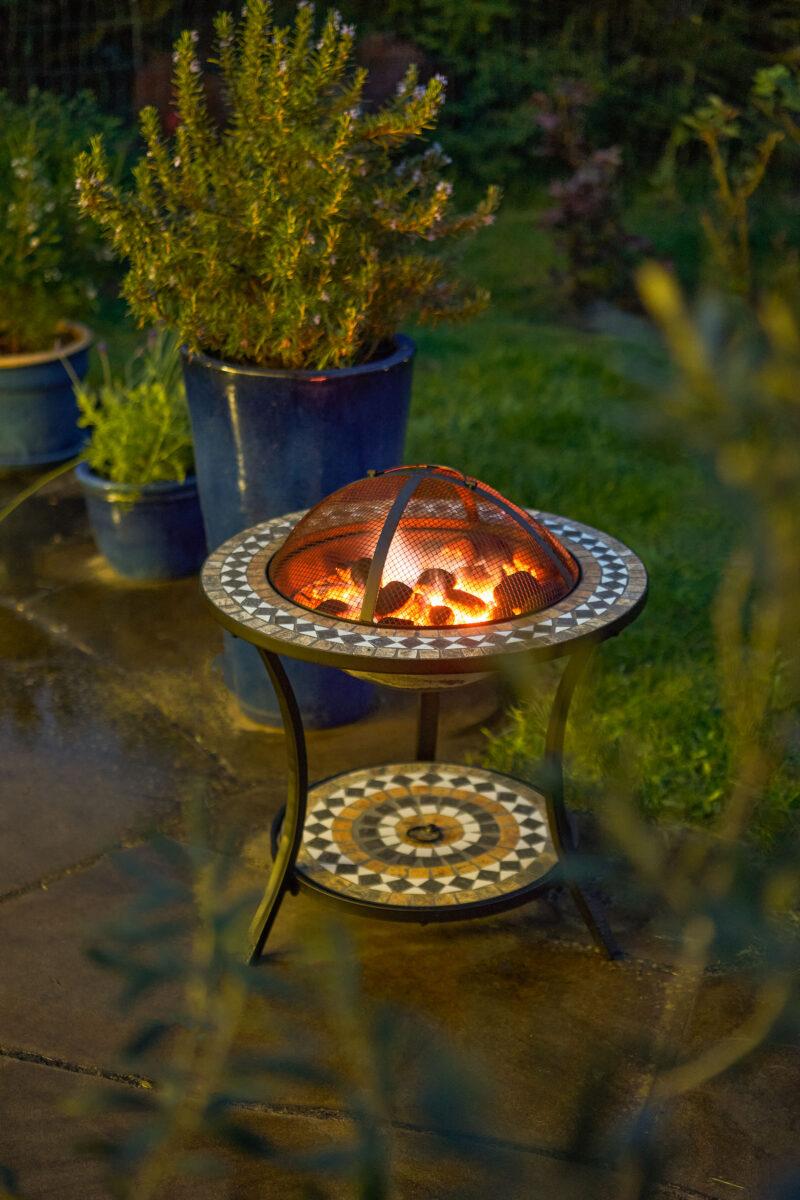 Gartenfreude Feuerstelle Mosaik